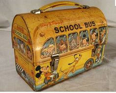 best selling tin lunch box which was the Disney School Bus box. omg this was my very first lunch box. Tin Lunch Boxes, Vintage Lunch Boxes, Metal Lunch Box, Vintage Tins, Tin Boxes, Vintage Love, Vintage Metal, Vintage Toys 1970s, 1960s Toys