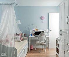 Resultado de imagem para decoração de quarto em azul e branco