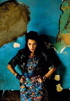 Maroccan singer Hindi Zahra