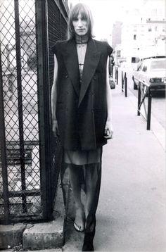 Pioneers of Vintage and Historic Modern Sartorial Wonders Anti Fashion, 90s Fashion, Fashion Brands, High Fashion, Vintage Fashion, Fasion, Fashion Designers, Deconstruction, John Galliano