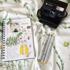 My parents found this old polaroid and I decided to do some journaling! Art Hoe Aesthetic, Journal Aesthetic, Aesthetic Grunge, Journaling, Bullet Journal Inspiration, Journal Ideas, Planner, Art Sketchbook, Art Inspo