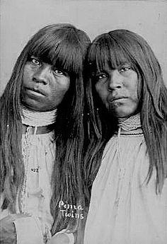 """Pima twins"". Pima Indian women twin sisters. Arizona."