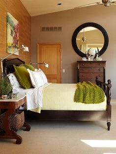 Gorgeous neutral room & I love the bedding