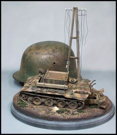 Trying to match camouflage colors on the Italeri BergePanther German Helmet, Camouflage Colors, Scale Models, Diorama, Studios, Military, War, History, Historia