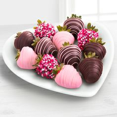 Impress your sweetheart (or treat yourself) this Valentine's Day with a gift of Chocolate Dipped Delights™ Real Chocolate Covered Strawberries. Master chocolatiers have joined forces with Mother Nature to create a singularly sensational experience of extraordinary pleasure that will inspire happy memories and a yen for just one more.