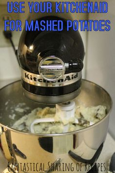 Kitchenaid How many thumbs up to this? Kitchenaid How to Clean a Stand Mixer + Williams-Sonoma GIVEAWAY! 5 Things to Know About Your New Stand Mixer — Tips Homemade Mashed Potatoes, Making Mashed Potatoes, Mashed Potato Recipes, Kitchenaid Mixer Mashed Potatoes Recipe, Best Kitchenaid Mixer, Kitchenaid Artisan, Baked Potatoes, Kitchen Aid Recipes, Kitchen Hacks
