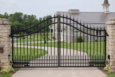 Precious Tips for Outdoor Gardens - Modern Front Gate Design, Steel Gate Design, House Gate Design, Main Gate Design, Door Gate Design, House Front Gate, Front Gates, Entrance Gates, Arch Gate