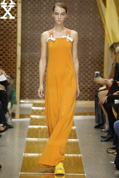 Sportmax Spring 2016 Ready-to-Wear Fashion Show - Irina Djuranovic