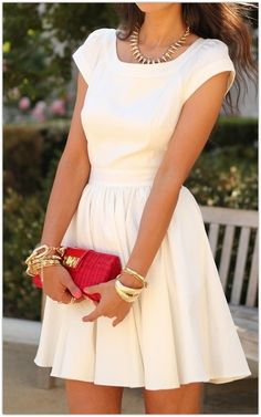 Style Guide: How to wear the white dress this spring? - Fab Fashion Fix Fashion Mode, Star Fashion, Look Fashion, Womens Fashion, Dress Fashion, Classy Fashion, Fashion Rings, Runway Fashion, Latest Fashion