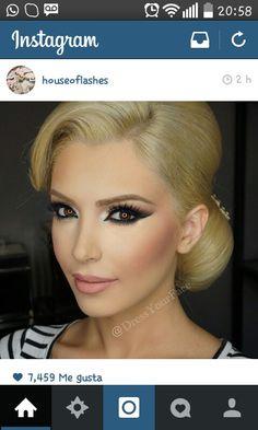 wedding makeup for blondes with blue eyes Bridal Makeup Looks, Bridal Hair And Makeup, Wedding Hair And Makeup, Bridal Beauty, Bride Makeup Blonde, Flawless Makeup, Gorgeous Makeup, Eye Makeup, Hair Makeup