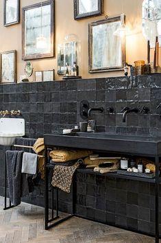 vtwonen tegels by Douglas & Jones - Douglas & Jones House, Interior, Home, House Styles, House Inside, Bathroom Interior, Elle Decor, Living Room Inspiration, Bathroom Decor