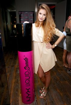 Karin-Karla Dragos Photos - NYX Face Awards International Winner Karin-Karla Dragos of Hungary attends the NYX International Welcoming Party at Andaz West Hollywood on August 2016 in West Hollywood, California. Karin Dragos, Face Awards, Leopard Shoes, West Hollywood, Red Bull, Nyx, Yellow, Party, Gold
