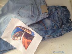 CreaCrola.nl: jeansbroek zoon en dochter wordt tasje met applicatie van 'KatjeMetDeParel' van Johannes Vermeer
