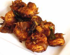 Kerala style konchu/chemmeen/prawns/shrimp stir fry with thengakothu (coconut pieces) and kudampuli (kokum) Easy Prawn Recipes, Goan Recipes, Seafood Recipes, Indian Food Recipes, Cooking Recipes, Ethnic Recipes, Indian Foods, Curry Recipes, Prawn Stir Fry