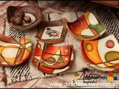 best ideas about Artesanías Pottery Painting, Ceramic Painting, Ceramic Clay, Ceramic Pottery, Ceramic Plates, Mundo Hippie, Pasta Piedra, Clay Bowl, Ceramics Projects