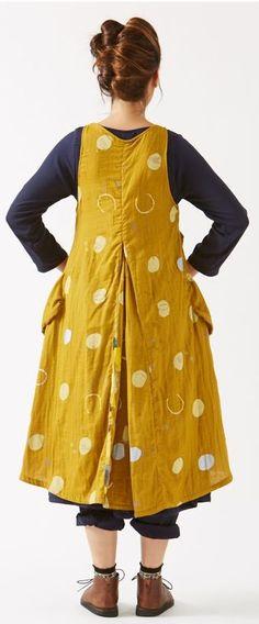 Fun dress/apron..not sure, but like it.
