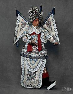 """The Peking Opera"" – lensed by Kiki Xue captures Chinese opera costumes for Harper's Bazaar China, May featuring Beijing opera singers and beauty Wangy Xin Yu Chinese Style, Chinese Art, Turandot Opera, China Movie, Chinese Traditional Costume, Chinese Element, Chinese Opera, Dragon Dance, Theater"