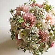 funeral flower arrangement.  flower atelier Loto.
