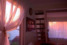 aesthetic, sun et architecture image sur We Heart It Room Goals, Arctic Monkeys, House Goals, Bedroom Inspo, Bedroom Inspiration, Humble Abode, New Room, Architecture, Future House