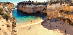 2 Day Melbourne to Melbourne Great Ocean Road & Grampians Tour - Wildlife Tours » Backpackers World