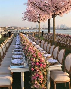 Best Absolutely Free Pink wedding - ideas for wedding dresses, bridesmaid dress, cake, bouquet etc. Part 6 - decoration Tips Get wedding decor built easy When you coordinate a wedding , you've to pay attention to the Budget Wedding Reception Venues, Wedding Table, Wedding Ceremony, Wedding Rings, Reception Decorations, Reception Ideas, 21st Party Decorations, Pink Wedding Decorations, Reception Seating