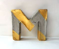 Bokstav i betong instruktion