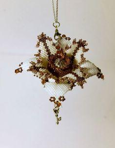Цветок по МК и К° | biser.info - всё о бисере и бисерном творчестве