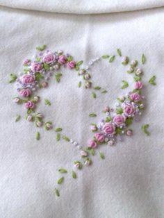 corazon rositas b ordado -- I wish I could embroider.