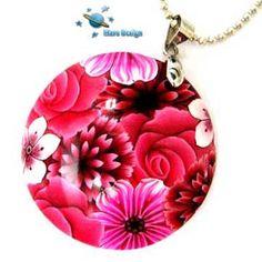 Polymer clay pink floral pendant | par Marcia - Mars design