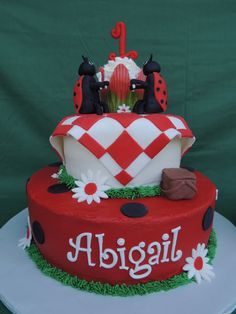 Birthday Inspirations – Picnic Theme Continued – Home Is Where We Park It Picnic Cake, Picnic Theme, Picnic Birthday, Birthday Cakes, 2nd Birthday, Birthday Ideas, Birthday Parties, Ladybug Picnic, Ladybug Party