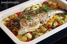 Esta receita de peixe assado é a mais fácil de fazer de todas! Para quem não tem muita experiência é só ir até uma peixaria e comprar um peixe inteiro. Peça para tirarem as vísceras e a cabeça. Eu …