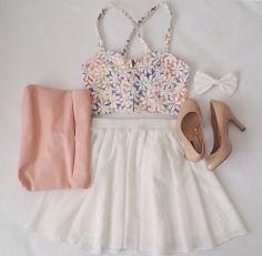Zeliha's Blog: White Skirt Top Floral Blouse