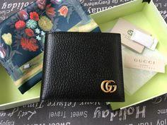 c0e24481e93 Gucci Mens Classic Wallet Black Leather Gold GG Logo Genuine  fashion   clothing  shoes