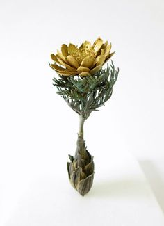 Amur adonis /6cm×6cm×H8.5cm / brass,,copper,gold powder,patination