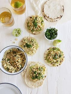 food hacks to how to make your favorite takeaway meals at home, Healthy Foods To Make, Healthy Diet Recipes, Healthy Eating, Clean Eating, Slow Food, Yummy Taco, Yummy Food, Mexican Corn Salad, Corn Salads