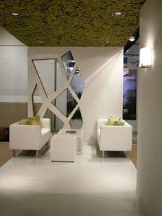 Conception stand d'exposition - Salon JIB Plus Design Entrée, Lobby Design, Stand Design, Wall Design, House Design, Showroom Interior Design, Lobby Interior, Room Partition Designs, 3d Cnc