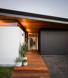 Balgownie - Dayne Lawrie Constructions Interior And Exterior, Interior Design, Front Entry, Mountain Homes, Midcentury Modern, New Homes, Construction, Architecture, Outdoor Decor