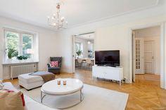 Bostadsrätt till salu på Sveavägen 131, 2 tr i Stockholm - Mäklarhuset