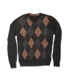 Ανδρική πλεκτή μπλούζα σε κανονική γραμμή με V λαιμό και κλασσικό σχέδιο. Η μπλούζα είναι διαθέσιμη σε γκρί χρώμα σε δύο διαφορετικά σχέδια με ρόμβους. Φορέστε τη στο γραφέιο αλλά και στη βόλτα για στιλάτες εμφανίσεις. Men Sweater, Mens Fashion, Sweaters, Moda Masculina, Man Fashion, Men's Knits, Men's Fashion, Male Fashion, Sweater