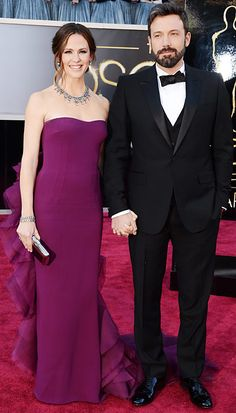 Jennifer Garner in a Gucci gown and Ben Affleck in a tuxedo at the Oscars, 2013 - they are lovely