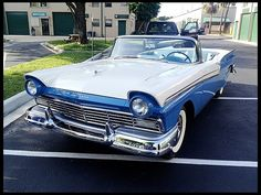 1957 Ford Skyliner Retractable Hardtop 312 CI, Automatic