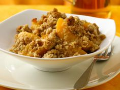 Betty Crocker Peach Crisp 1 pouch (1 lb 1.5 oz) Betty Crocker® oatmeal cookie mix 1/2 cup cold butter 5 cups frozen sliced peaches, thawed and drained, or 1 can (29 oz) sliced peaches, drained