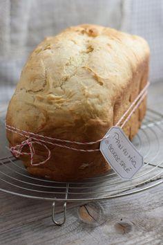 Pain brioché au miel et beurre salé {MAP}   Objectif : Zéro Miette! No Salt Recipes, Sweet Recipes, Brioche Map, Biscuit Bread, Cute Cakes, Food Presentation, French Food, Soul Food, Bread Rolls