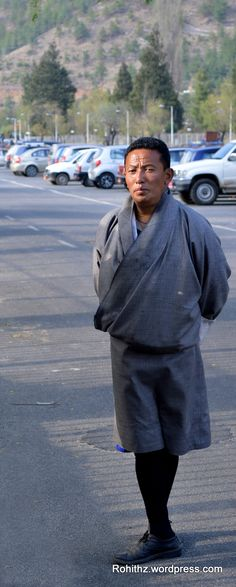 One of the most distinctive features of the Bhutanese is their traditional dress, unique garments that have evolved over thousands of years. Men wear the Gho, a knee-length robe somewhat resembling a kimono that is tied at the waist by a traditional belt known as Kera.