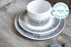 Becher & Tassen - Handbemalte Teetasse, Unterteller, Teller im Set - ein Designerstück von Lelena bei DaWanda