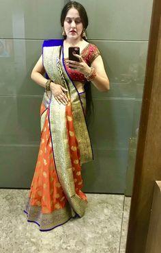 Banarasi Sarees, Silk Sarees, Stylish Sarees, Indian Wear, Cool Designs, Sari, Sewing, Gold, How To Wear