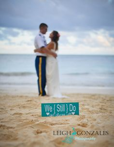 Leigh Gonzales Photography | Family Beach Photographer | Oahu Hawaii | Beach Vow Renewal Photography | Beach Vow Renewal