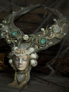 Annabelle Lee. Subject necklace, decadence