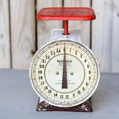 The red vintage kitchen scale was covered in dust and rust. I collect kitchen scales and this one was a beauty.