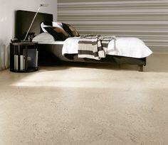 korkboden vor und nachteile von kork master br pinterest fu boden boden und bodenbelag. Black Bedroom Furniture Sets. Home Design Ideas